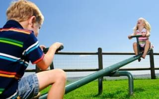 С кем из родителей суд оставит ребенка после развода?