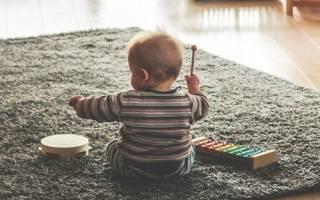 Законно ли соседи запрещают играть детям под окнами?
